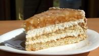 Tort de pere cu caramel de alune