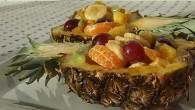 Salata de fructe in ananas