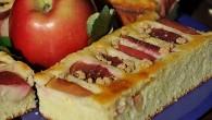 Prajitura de gris cu iaurt si mere rosii_05