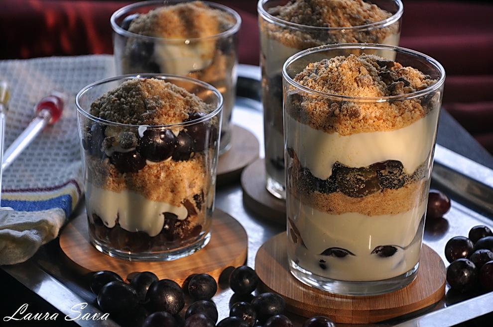 cheesecake-cu-struguri-la-pahar_02