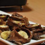 Budinca de clatite cu cacao, banane, rom si miere