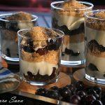 Cheesecake cu struguri la pahar
