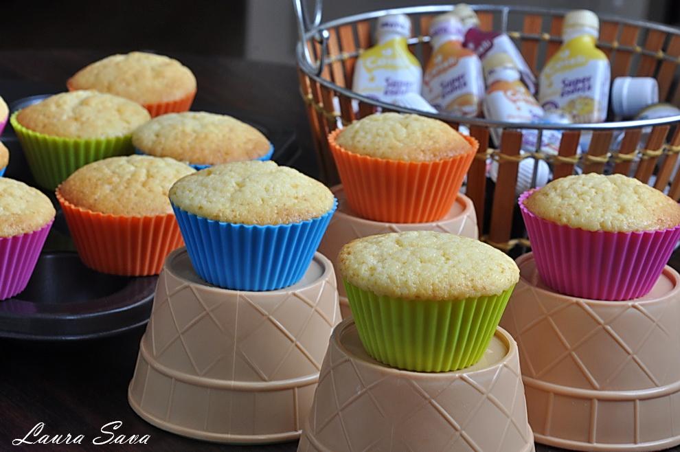 cupcakes-cu-lamaie-si-iaurt_02