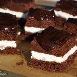 Prajitura cu inghetata de post si glazura de ciocolata